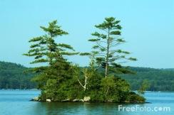 Small-Island--Lake-Winnipesaukee--New-Hampshire--USA_web